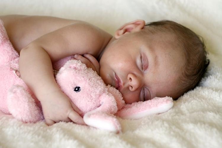 寶寶玩累了自然就睡了?寶寶「睡眠」的7個錯誤傳言